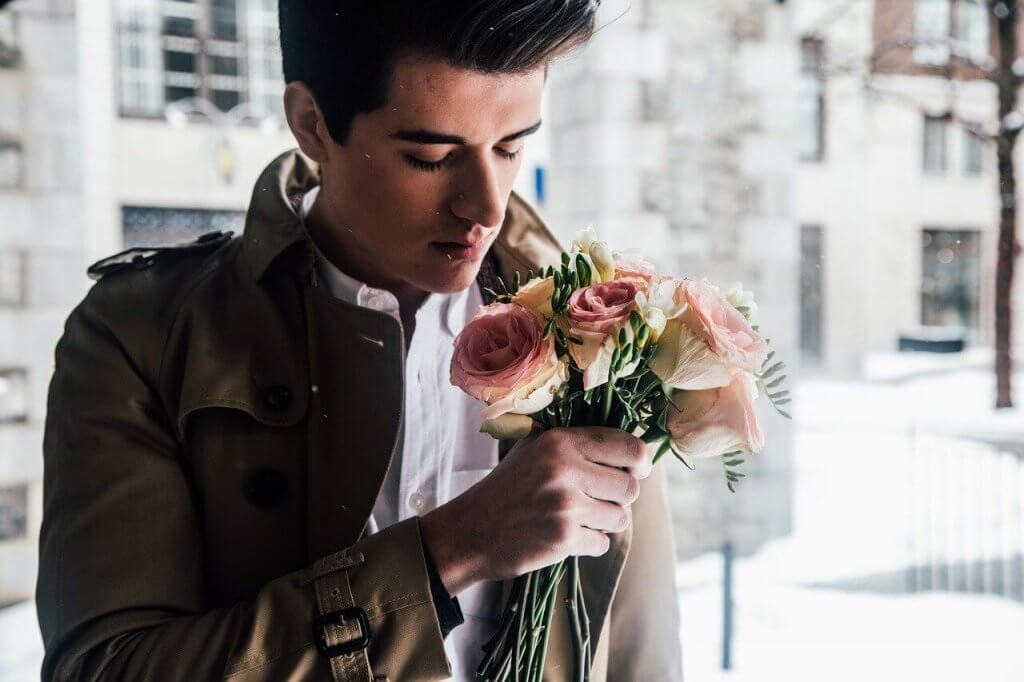 homme gay romantique